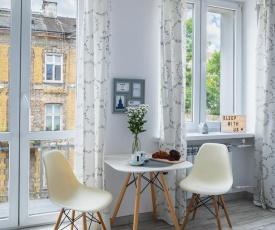 SleepWithUs Emilii Plater 12 Apartment